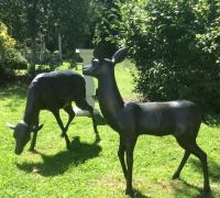 bronze-deer-chilstone-show-garden