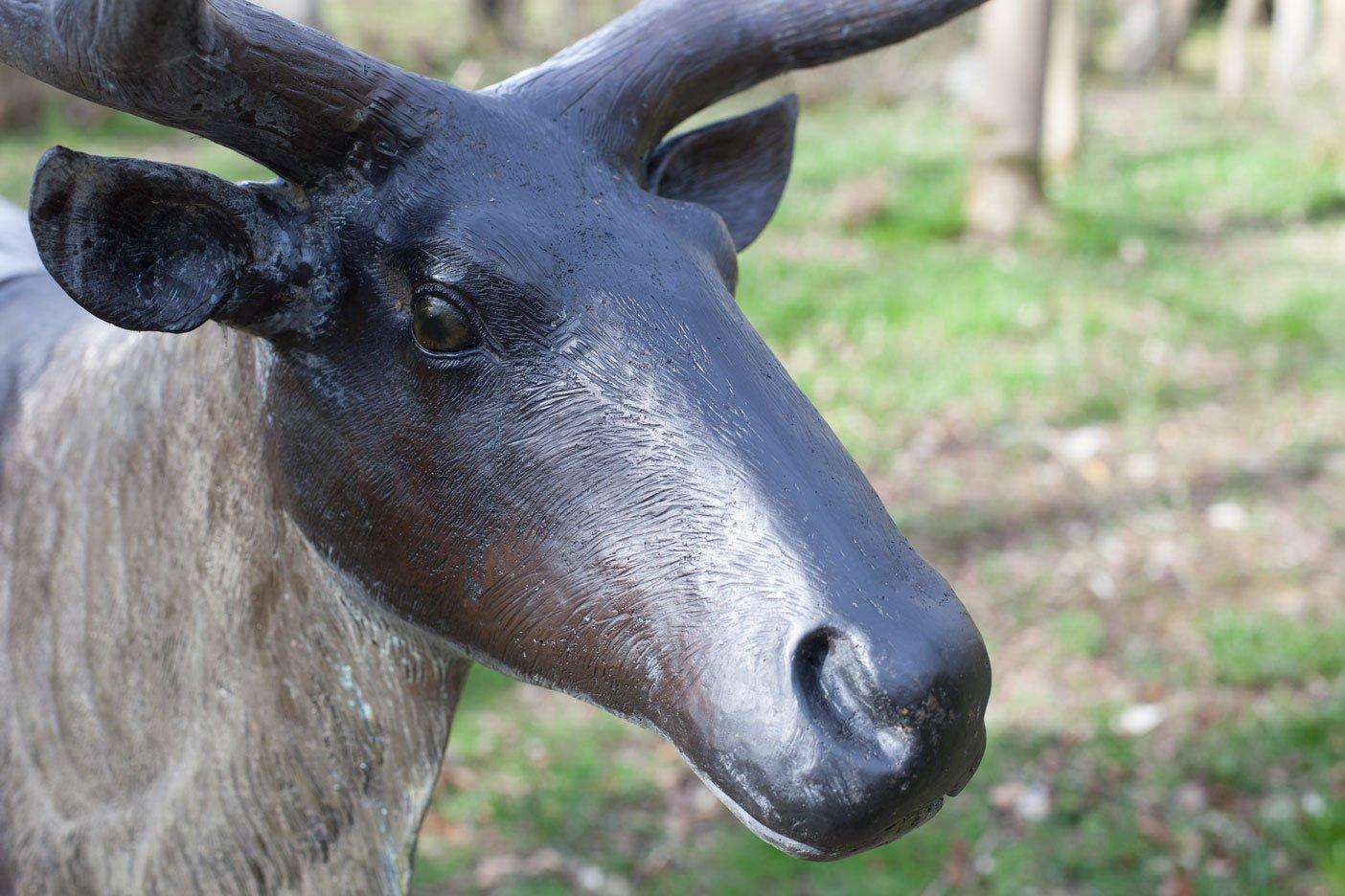 bronze-reindeer-12